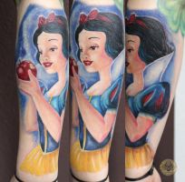 Snow White color by 2Face-Tattoo