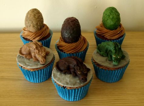 Game of Thrones Cupcakes by sparks1992