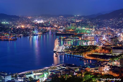 Nagasaki Bay Night Shot by WindyLife