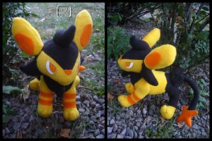 Pokemon: Shiney Luxio Plushie
