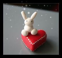 Heart Pillow Bunny by Shiritsu