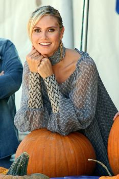 Heidi Klum with pumpkins by DoubleXposure