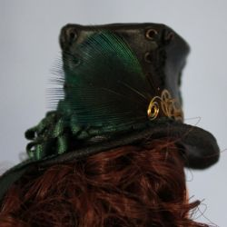 Steampunk top hat by ReflectionsByIce