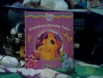 Scootaloo's Birthday Cake Storybook by AgentJeiceMIB24
