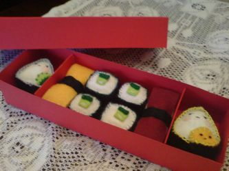 Felt Sushi Box by jeni-c