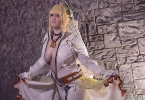 Unchained Bridal Saber - Katsucon 2 by IchigeiCosplay