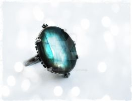 Labradorite Ring -1 by Aranwen