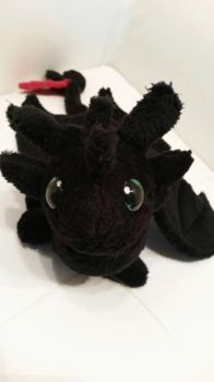 Toothless plushie by catenn