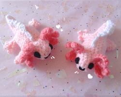 Mini Axolotl Plushies on my Etsy! by Kaiidumb