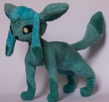 Glaceon the Pokemon by Blodwedden