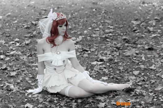 Maki Nishikino Wedding Dress (Love Live) by NatchanCosplay