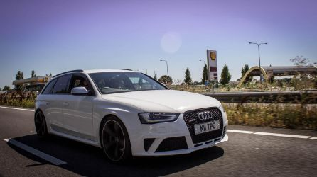 Audi RS4 by funknhell