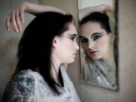 mirror by andrewfphoto