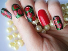 Hand Painted Rose Manicure by soyoubeauty