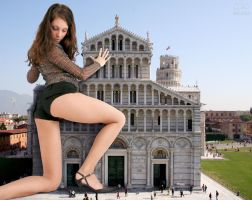 GTS 17 - Giantess in Pisa by Shrinker23