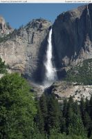 Yosemite 4 waterfall by RoonToo