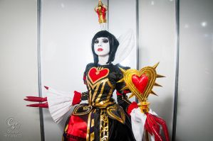Queen of hearts from Alice Madness Returns by HaruhichanxD