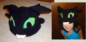 Toothless hat by Koreena