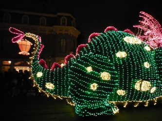 Main Street Electrical Parade: Pete's Dragon Back by FlowerPhantom