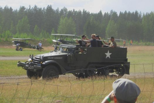White M2 Half Track Car by perttime