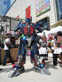My Optimus Prime Cosplay by Darkgodmaru