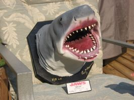 bust of jaws by frostbitten123