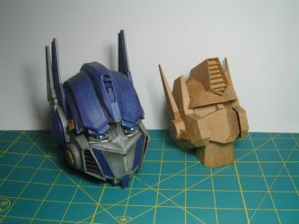 Papermodel-Optimus Prime by paperJin