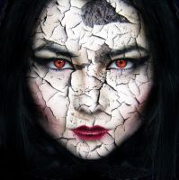 Halloween cracked face portrait by muffinn2