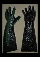Latex 5 Finger Dragon Hands (Small) by Arooki