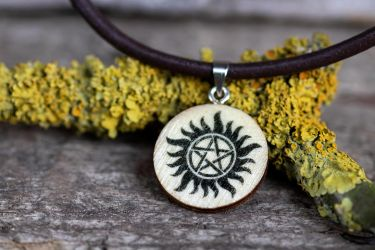Anti-Possession necklace (Supernatural) by Pia-CZ