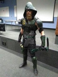 Green Arrow cosplay guest. by Ray-pyromancer