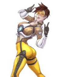 Tracer by Knifoon