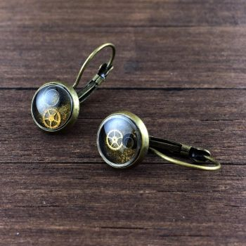 Steampunk earrings by NestreJewellery by nestre-jewellery