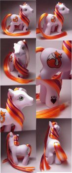 Foxtrot custom pony by Woosie