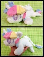 Lorelei ''Lazy Pony'' Beanie by AppleDew