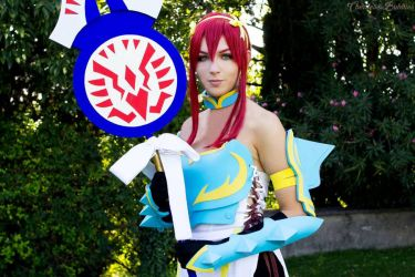 Erza Scarlet Lightning Empress Armor Cosplay by Rinvalle