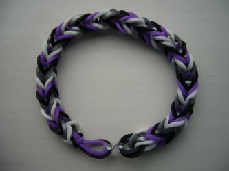 Asexual Pride loom band bracelet by artjuggler