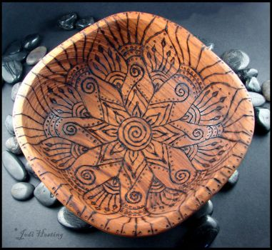 Manja - Wooden OfferingBowl by andromeda