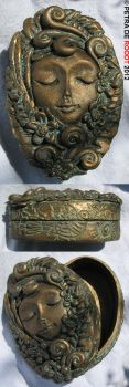 Experiment 5 - Antique Bronze Box by spaceship505