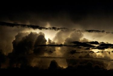 Storm Chasing - Mt Ainslie 3 by dakotapearl