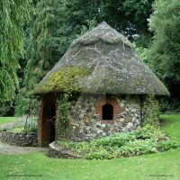 Norfolk Thatch by In-the-picture