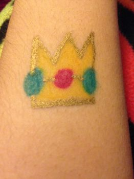 Princess Peach's crown sharpie tattoo by Prince5s