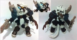 Rengar from League of Legends by AmiAmaLilium
