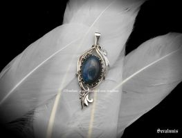 'Giveaway prize' sterling silver pendant by seralune