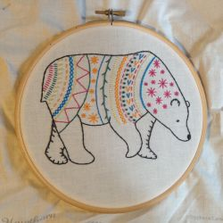 Bear embroidery by Awenmir
