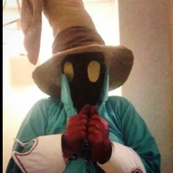 Vivi Final Fantasy VII Cosplay and Chocobo by BigMamaBear