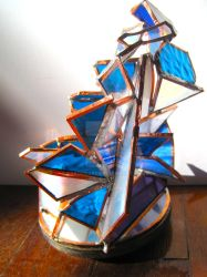 Decadent stained glass sculpture by kakodrake