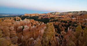 Bryce Canyon in Evening by the3dman