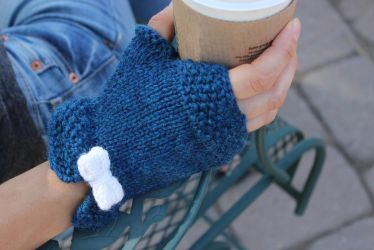 Grab and Bow Fingerless Mittens by kateknitsalot