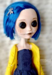 Corline with buttons by Katalin89